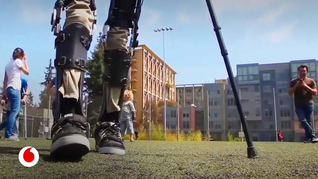 Exoesqueletos que permiten volver a caminar a pacientes parapléjicos