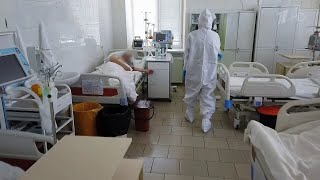 Медики спасают больных COVID 19 целыми семьями которые заразились новым штаммом