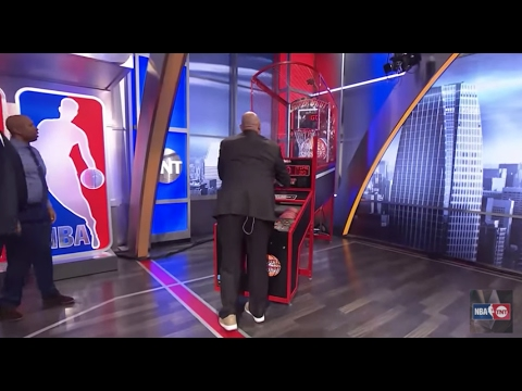 EJ's Neato Stat: Competing in a Game of Pop-a-Shot   Inside the NBA   NBA on TNT