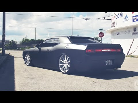 Dodge Challenger Srt Vossen 22 Cvt Directional Wheels