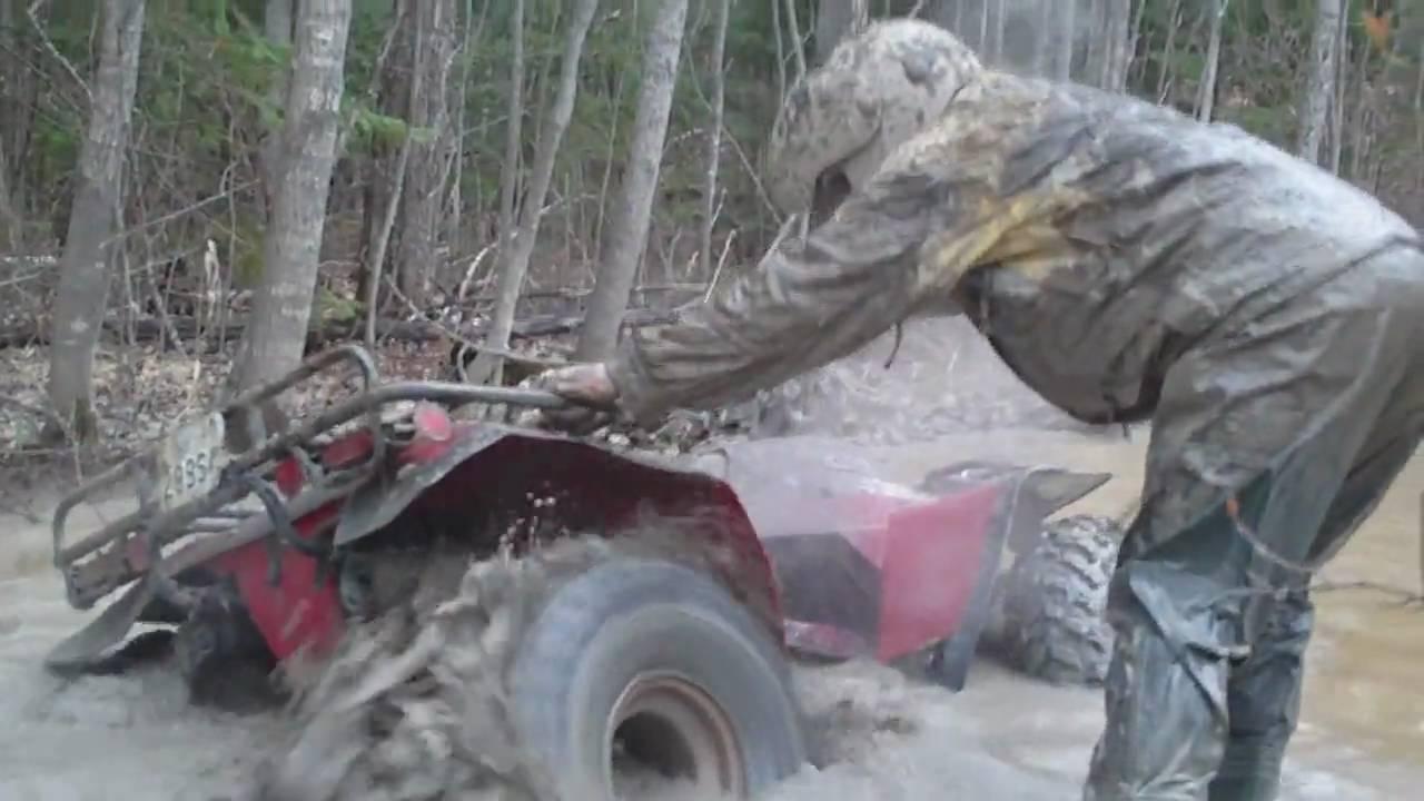 2 Honda Fourtrax In Deep Mud Youtube
