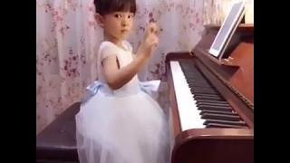 [Cover TFBOYS] Tiểu thiên thần đánh đàn piano bài Big Dreamer của TFBOYS