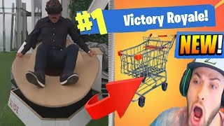 NEWS REPORTER TESTS *NEW* VIRTUAL REALITY SHOPPING CART IN FORTNITE: BATTLE ROYALE