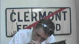 QUEL TEMPS FAIT-IL A CLERMONT-FERRAND ? (clip des Flying Tractors)