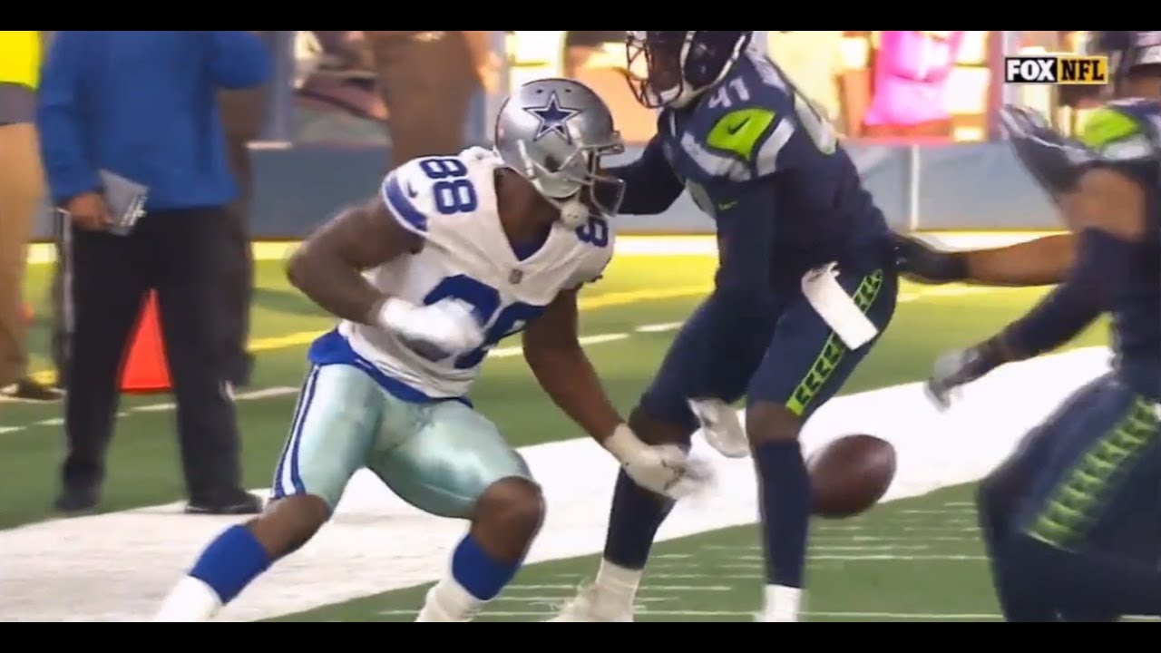 Washed Up Dez Bryant Gives Up On Play And Fumbles Seahawks At Cowboys
