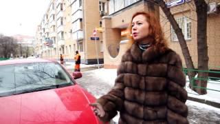 Актриса Елена Захарова водит Audi красного цвета