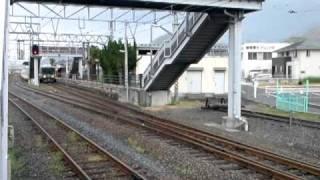 快速マリンライナー 223系5000番台 2両 端岡駅通過