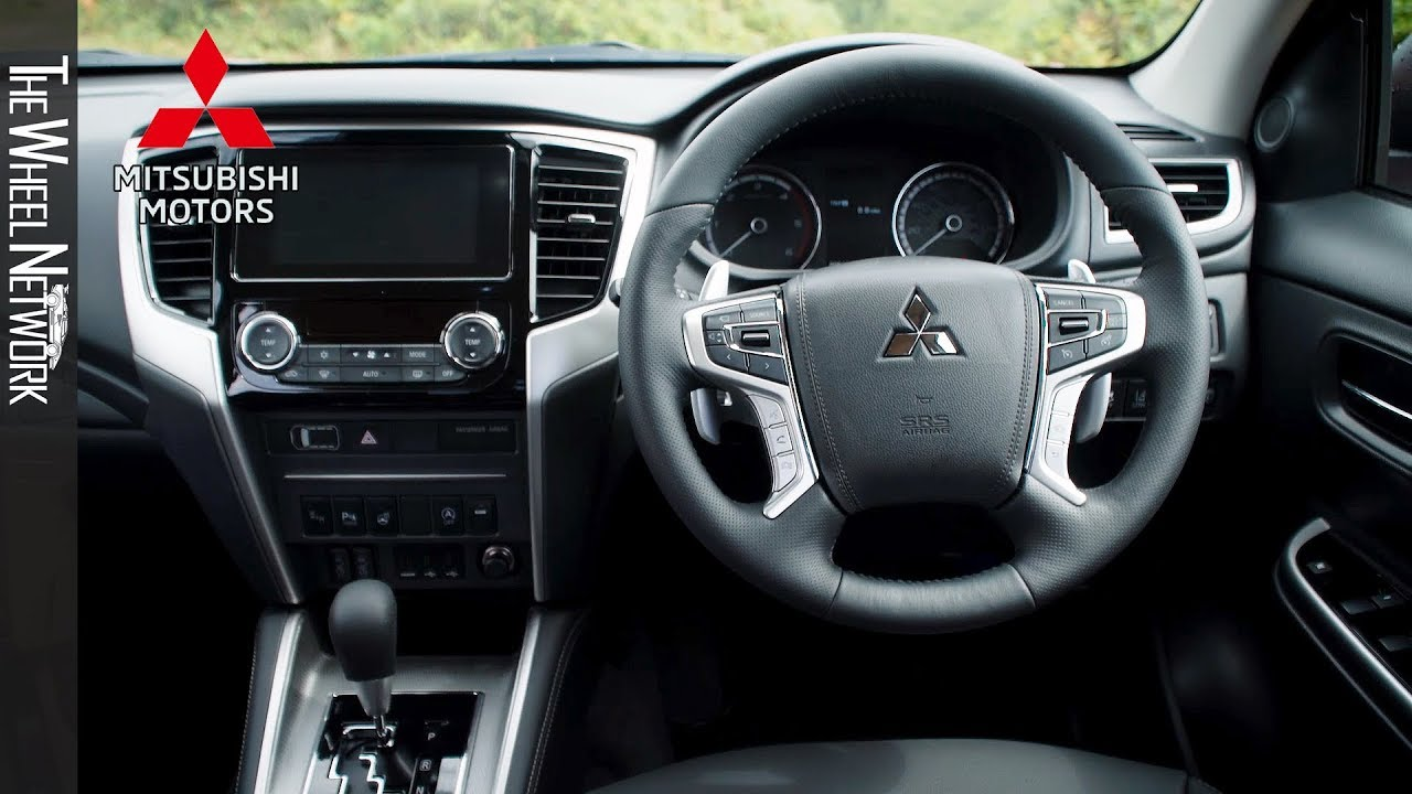 2019 mitsubishi l200 series 6 interior (uk spec mitsubishi