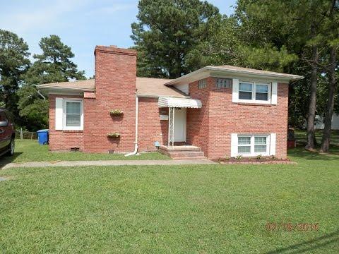 1242 Gatewood Rd, Newport News VA 23601