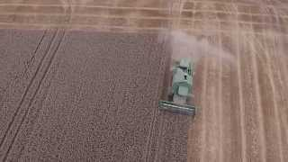 Case, John Deere and DON 1500 A combining performance