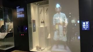 Смотреть видео Куда сходить в Москве? Репортаж с выставки в Зарядье. онлайн