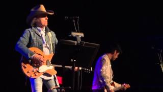 Dwight Yoakam - Dim Lights, Thick Smoke (and LOUD LOUD Music)