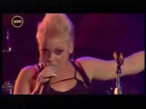 Pink -Trouble (Pepsi Chart Live 2003)