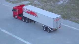 Scania Highline R620 Tamiya com Bau e controle FUTABA ATTACK 4WD
