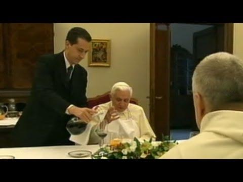 Vatican Scandal: Pope Bendict's Butler Arrested for Leaking Secret Papal Document