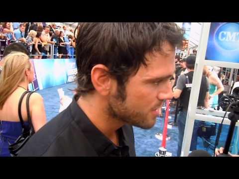 Chuck Wicks Red Carpet 2010 CMT Music Awards