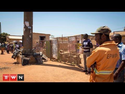 Tshwane Mayor stoned when visiting grieving Soshanguve family