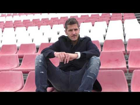 Imágenes del jugador del Sevilla, Stevan Jovetic, en la entrevista con ElDesmarque