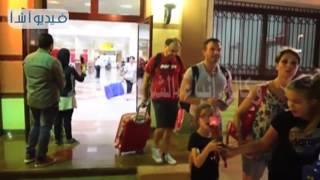 بالفيديو. مطار مرسى مطروح الدولي يستقبل طائرتين شارتر على متنهما 293 سائحا إيطاليا