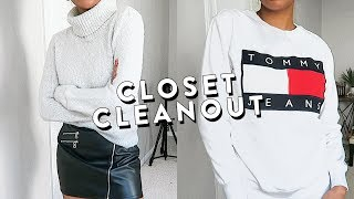 TRYING ON EVERYTHING IN MY CLOSET #1: Sweaters & Sweatshirts | Closet Cleanout
