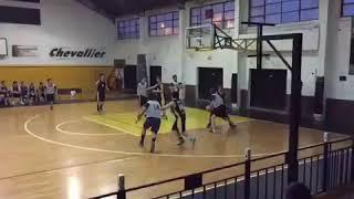Paulo Londra y un video jugando al básquet