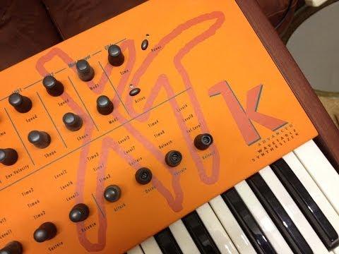 Waldorf MicroWave XTk Digital Wavetable Synthesizer Demo