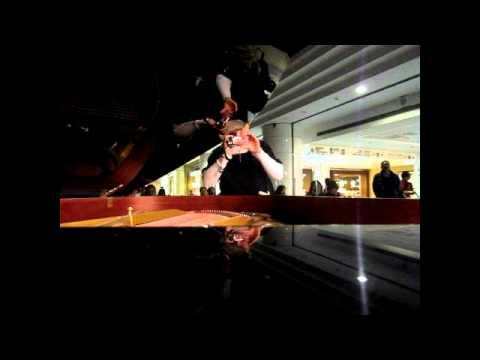 桂花巷Piano: Vera Lee Saxophone: Barry Wu/吳柏毅(慈濟台北分院2...