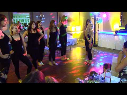 The Ultimate Wedding Dance - Bride & Bridesmaids