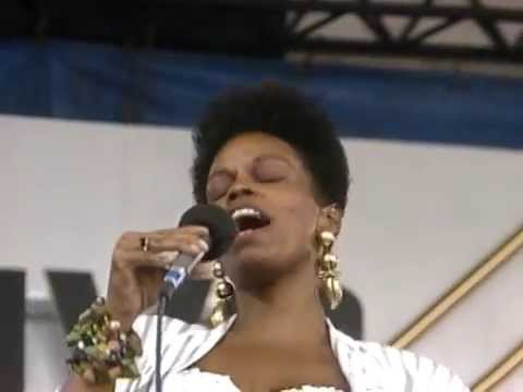 Dianne Reeves - How High the Moon - 8/19/1989 - Newport Jazz Festival (Official)