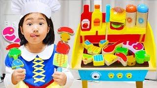 맛있는 바베큐 꼬치 팔아요~! 바베큐 그릴 장난감으로 가게놀이 하고 요리도 해봤어요! WOODEN BBQ Grill Cooking Toy