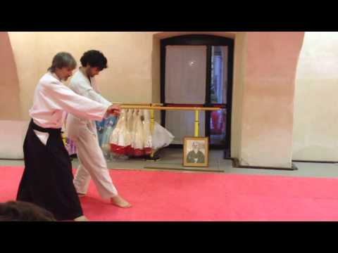 Yokomenuchi Udekimenage - M° Rino Bonanno - Aikikai Napoli