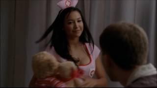 Glee - Santana gives Finn mono 2x12