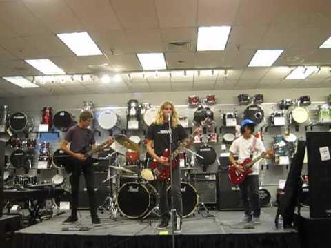 ROCKamp 2012 - Sam Ash Music in Torrance ( 4 )