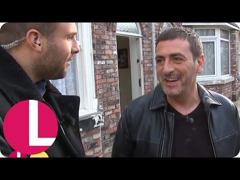 Corrie's Chris Gascoyne On Peter Barlow's Return | Lorraine