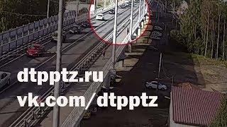 видео Во Владивостоке произошло возгорание легкового автомобиля
