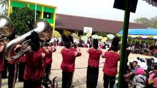 Marching band SMK 5 MAUK keren 😊😊😚