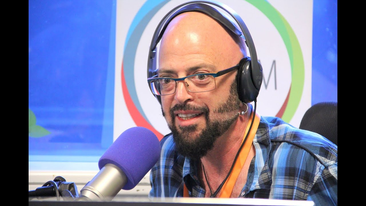 Jackson galaxy misconceptions about cats youtube for Jackson galaxy music