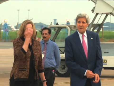 Kerry arrives in India to discuss global trade reforms