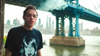 "<i>Saturday Night Live</i> Cast Member Pete Davidson Says ""Pot"" Helps Treat His Crohn's Disease"