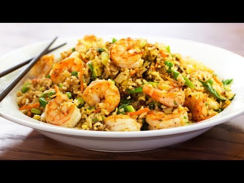 easy-and-healthy-dinner-recipe---shrimp-with-zucchini-fried-rice---quick-recipes