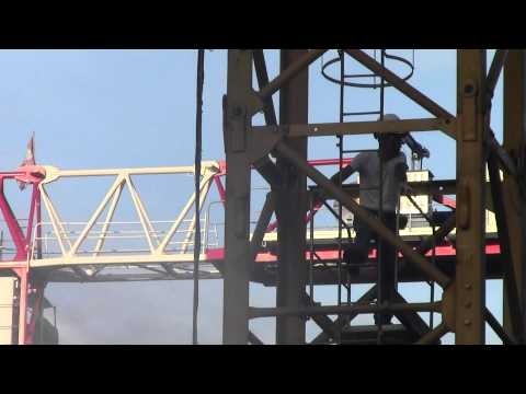 01 tower-crane operator