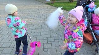Алиса в Краснодаре!!! Встреча с подружкой Алиной!!! Дети гуляют и играют парке Развлечение для детей