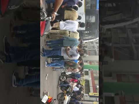 Accident in bangalore(Forum Mall- Koramangala) #28- Nov-2017