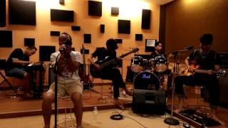 Video Ello - Takkan ada aku lagi (Cover by Fameri) | live studio download MP3, 3GP, MP4, WEBM, AVI, FLV Maret 2017