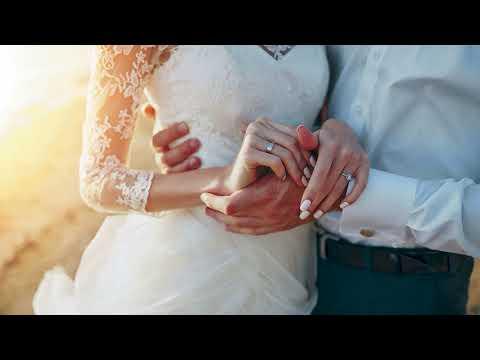 Как поздравить молодоженов на свадьбе оригинально и необычно, прикольно, своими словами