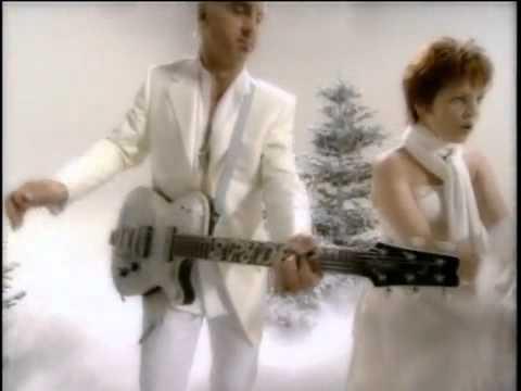 "Pat Benatar & Neil Giraldo - Christmas in America ""OFFICIAL VIDEO"""