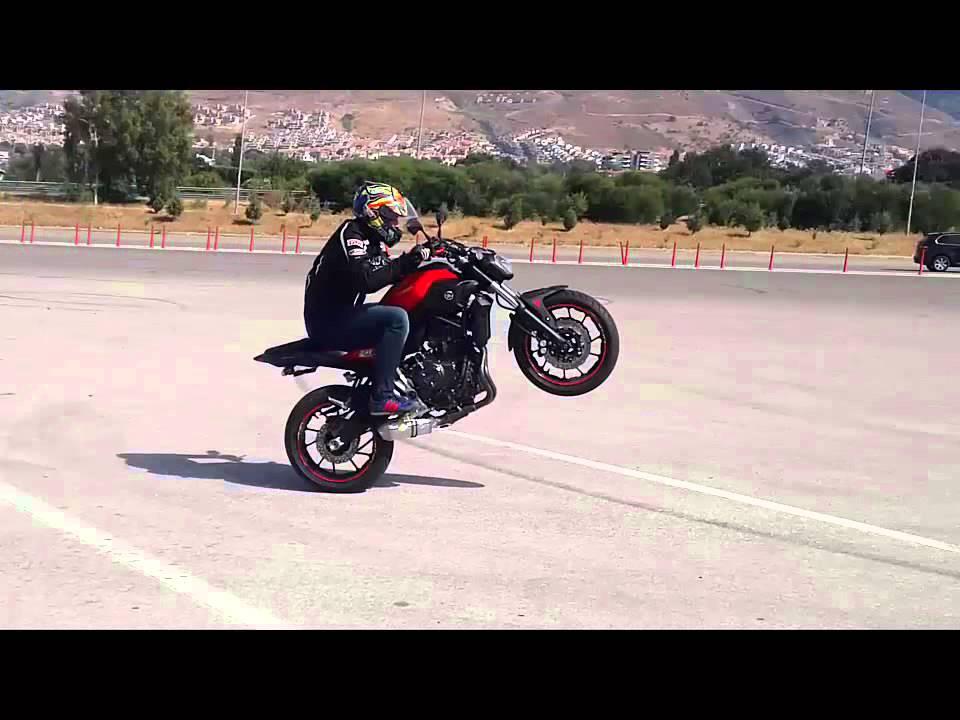 Yamaha MT-09 (FJ-09) TRACER | Test-drive | WHEELIES - YouTube