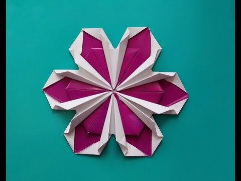 Origami flower ! Not very easy but rich! DIY House decorations.