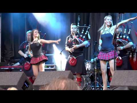 Red Hot Chilli Pipers, with dancing girls at Shrewsbury Flower Show from YouTube · Duration:  2 minutes 6 seconds