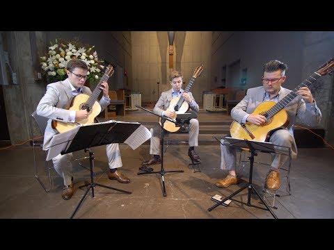 Meet the Mobius Trio